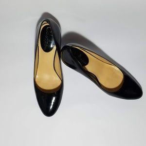 Cole Haan Carma Air Air Pumps Black size 7.5